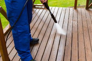 South Houston Deck Washing