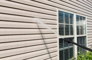 Vinyl Siding Cleaning Services in 77581